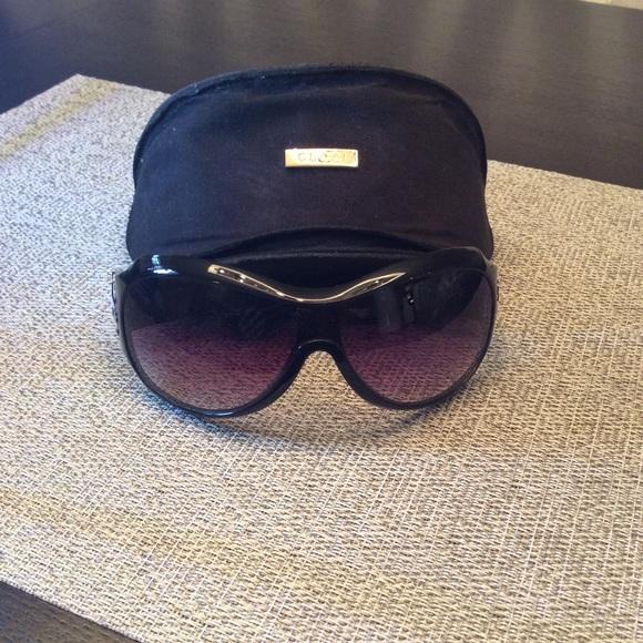 51adf92b188 Gucci Accessories - Gucci Zebra Horsebit sunglasses